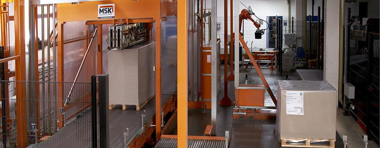 The entire packaging line for paper products, cardboard or printed products from a single source