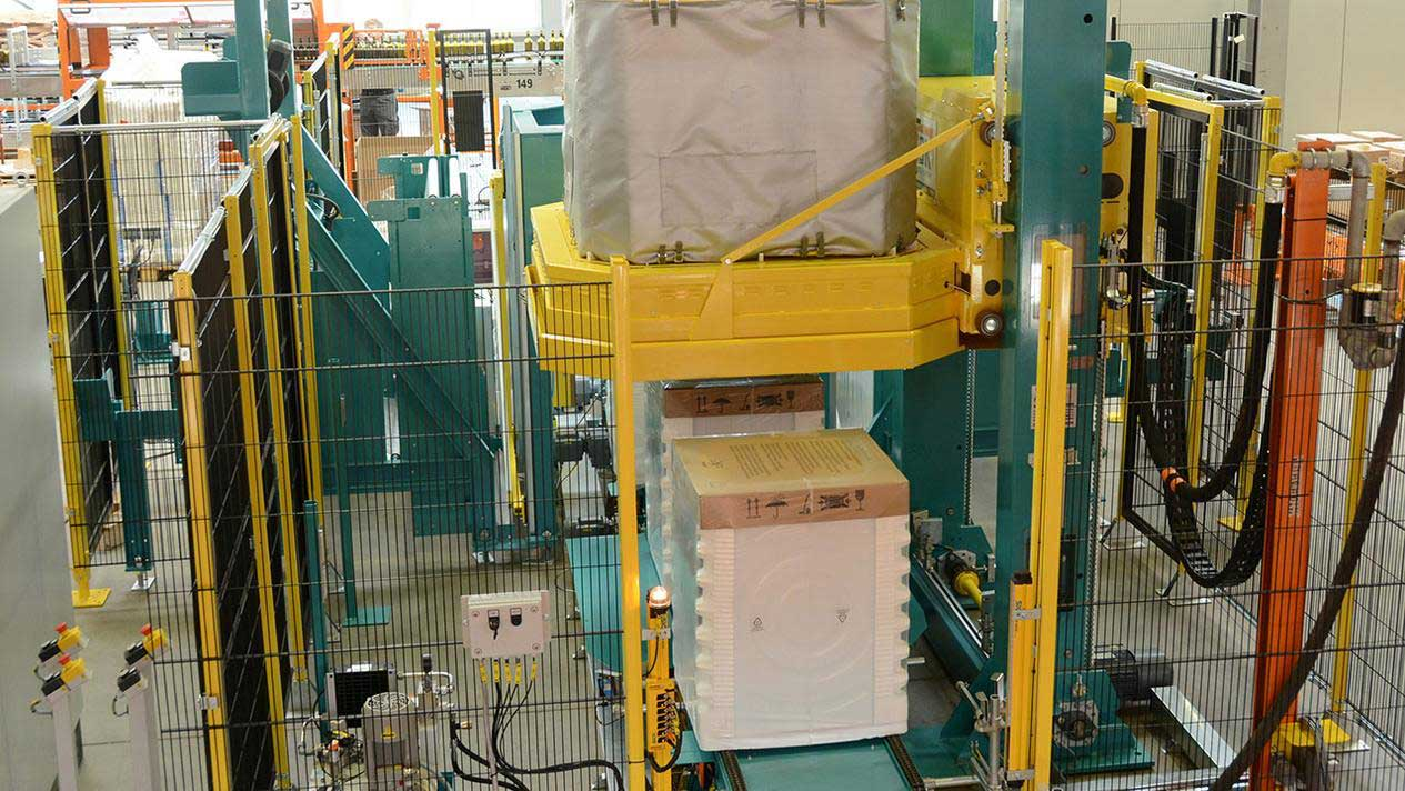 Picture of an MSK Schrinkcover. MSK shrink wrapping systems can be retrofitted with the energy saving module MSK Shrinkcover.